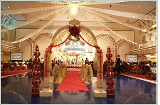 Royal Albert S Palace In Fords New Jersey Nj Has 4 Party Halls Which Can Accommodate Anywhere From 100 1 000 Guest For All Your Indian Wedding And